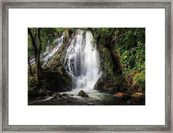 Hoopii Falls Framed Print