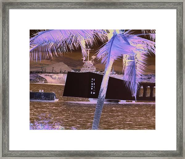 Hornet In Pearl 2 Framed Print
