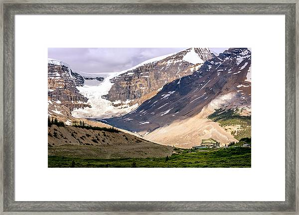 Framed Print featuring the photograph Icefields Parkway by Claudia Abbott