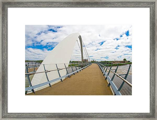 Iowa Women Of Achievement Bridge Looking At The Iowa State Capitol Framed Print