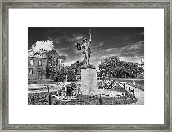 Iron Mke Statue - Parris Island Framed Print
