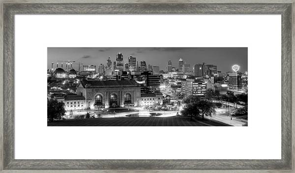 Kansas City Skyline Bw Framed Print