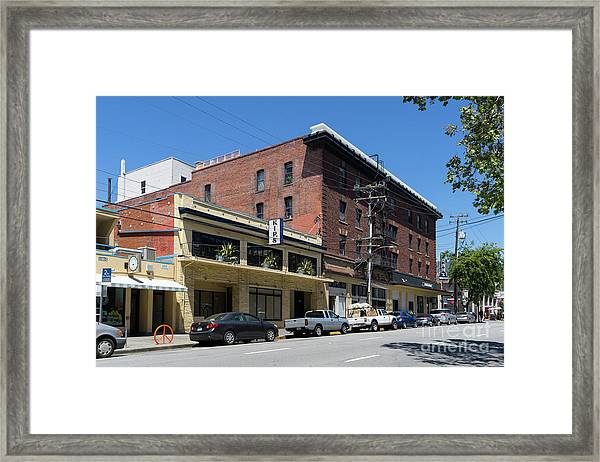 Kips Pizza Restaurant On Durant Avenue Off Telegraph Avenue In Berkeley California Dsc6233 Framed Print