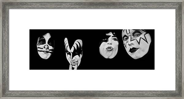 Kiss 78 Framed Print