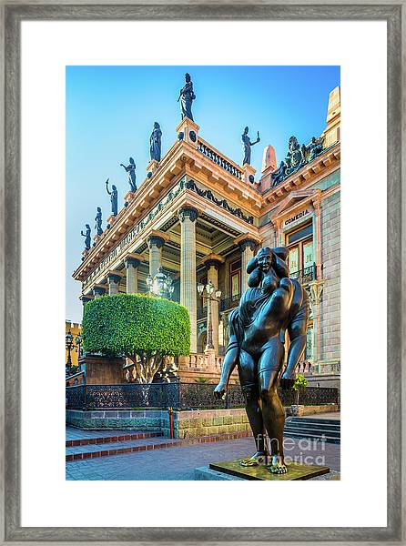 La Giganta Framed Print