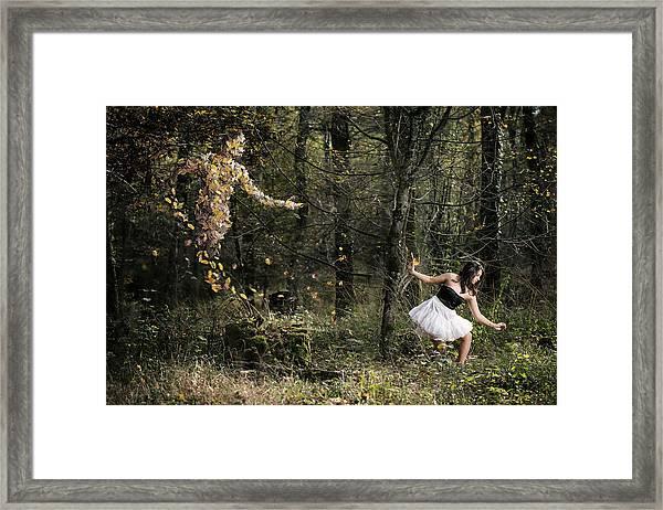 Le Sylphe Framed Print