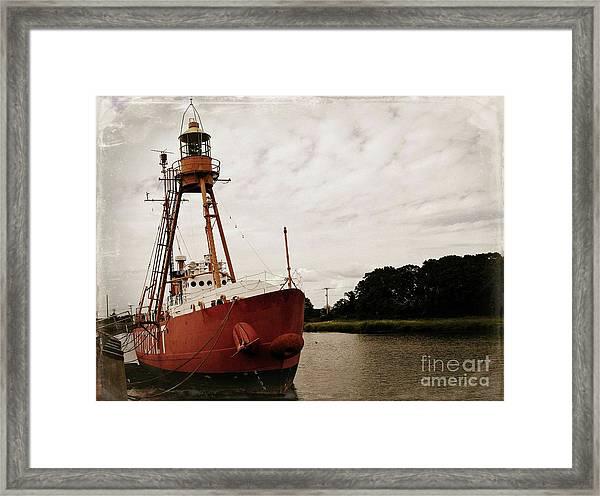 Lightship Nantucket Wlv-613 At Wareham Framed Print