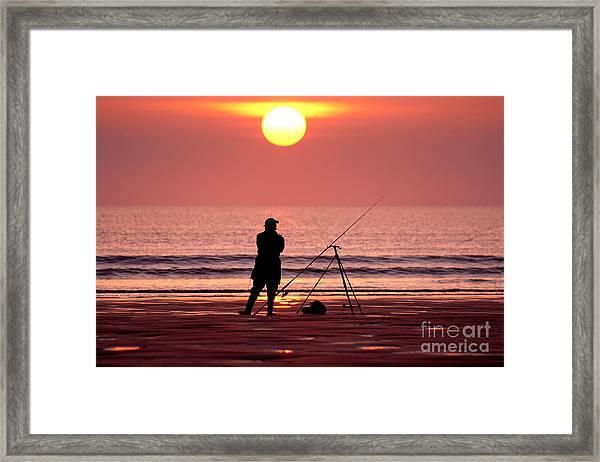 Llangennith Fishing At Sundown Framed Print