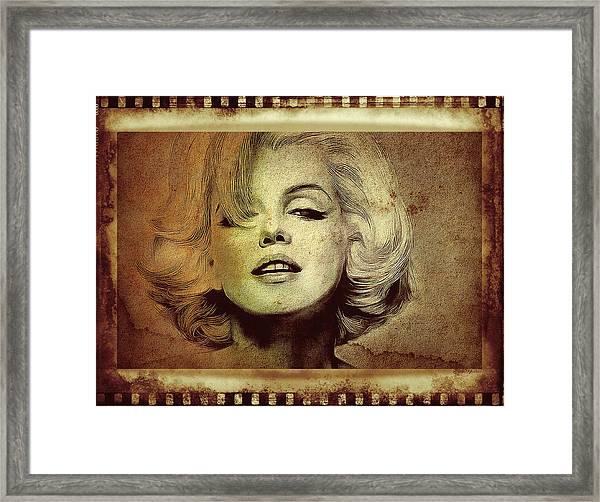Marilyn Monroe Star Framed Print