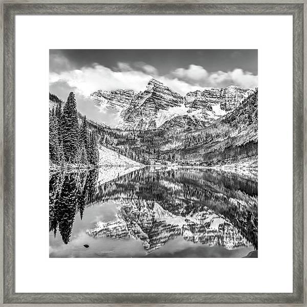 Maroon Bells - Aspen Colorado - Black-white - American Southwest 1x1 Framed Print
