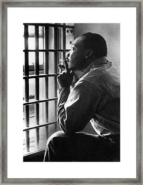 Martin Luther King, Jr, Sitting Framed Print by Everett