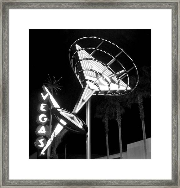 Martini Sign In Vegas B-w Framed Print