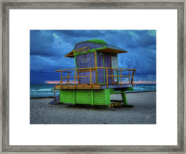 Framed Print featuring the photograph Miami - South Beach Lifeguard Stand 004 by Lance Vaughn