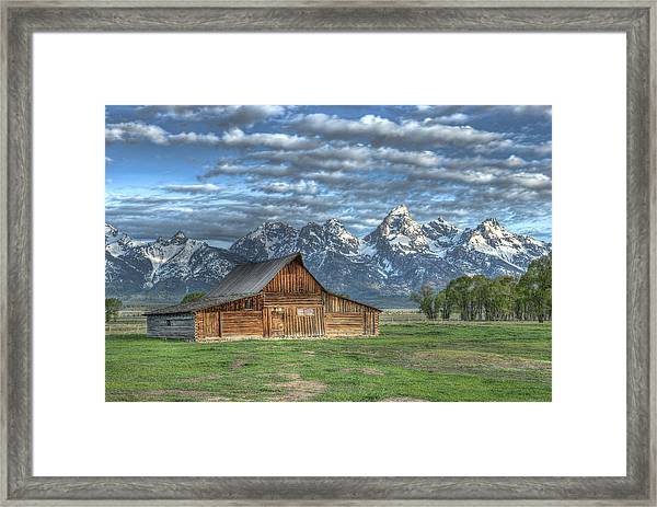 Framed Print featuring the photograph Moulton Morning by David Armstrong