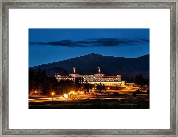 Mount Washington Hotel 9068 Framed Print