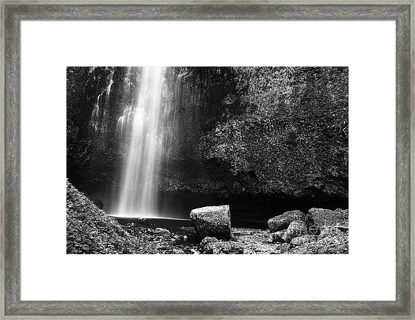 Multnomah Falls Base Framed Print