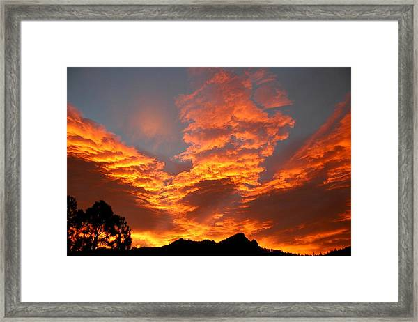 Palisade Sunrise Framed Print