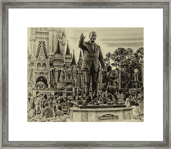 Partners Statue Walt Disney And Mickey In Black And White Framed Print