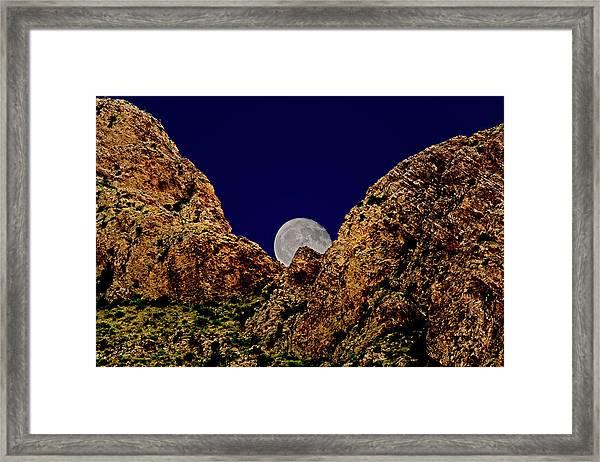 Peak Full Moon H03 Framed Print