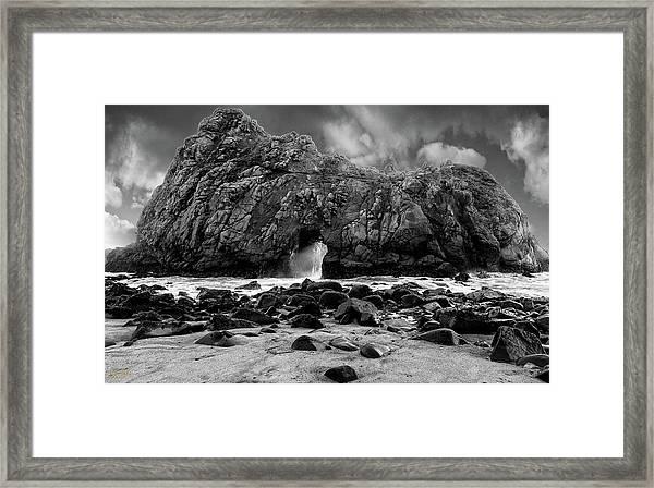 Pfeiffer Arch Black And White Framed Print