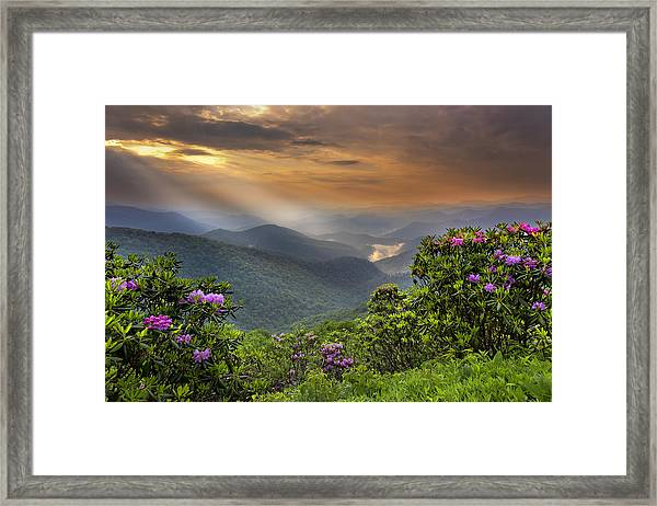 Pinnacle Sunset  Framed Print