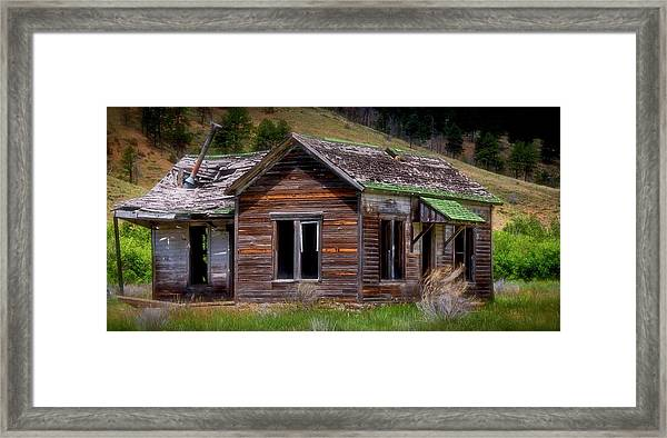 Ranch House From The Past Framed Print