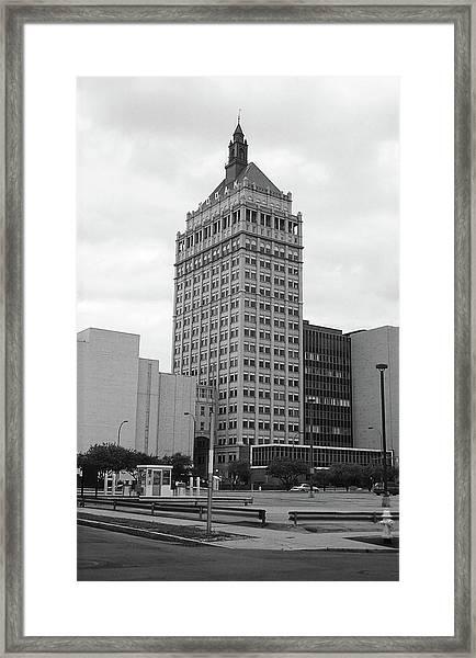 Rochester, Ny - Kodak Building 2005 Bw Framed Print