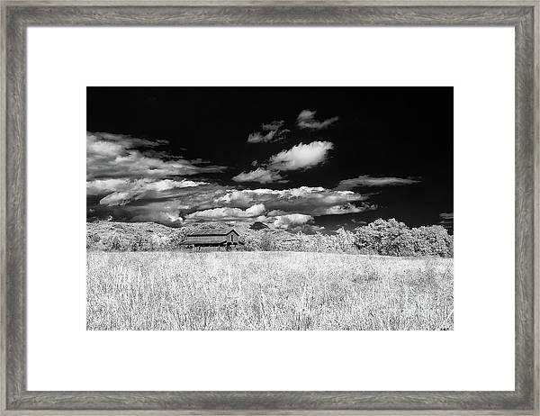 S C Upstate Barn Bw Framed Print
