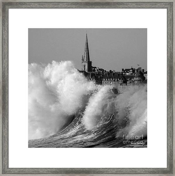 Saint-malo, The Wave Framed Print