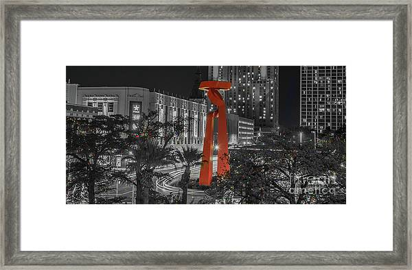 San Antonio La Antorcha De La Amistad Sculpture In Selective Color Framed Print