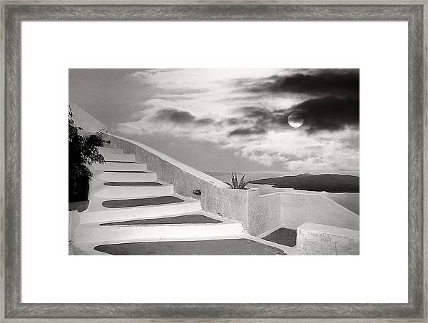 Santorini 01 Framed Print