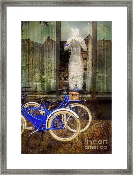 Screaming King Bike Framed Print