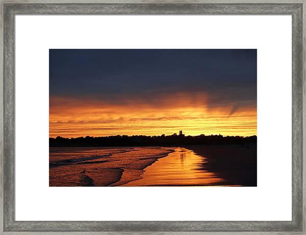 Second Beach Newport Ri Sunrays Framed Print