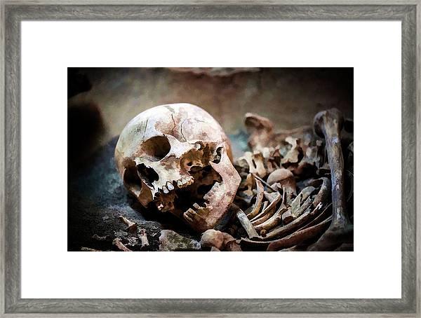 Skeleton Dead Head Framed Print