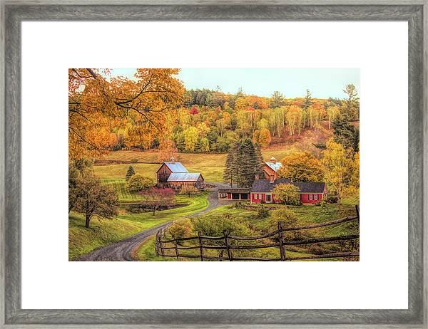 Sleepy Hollow - Pomfret Vermont In Autumn Framed Print