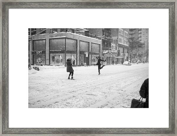 Snow Dance - Le - 10 X 16 Framed Print