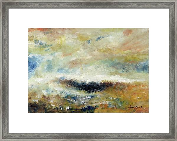 Sombra En El Mar Framed Print