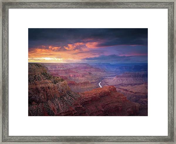 Spendid Light // Grand Canyon National Park  Framed Print