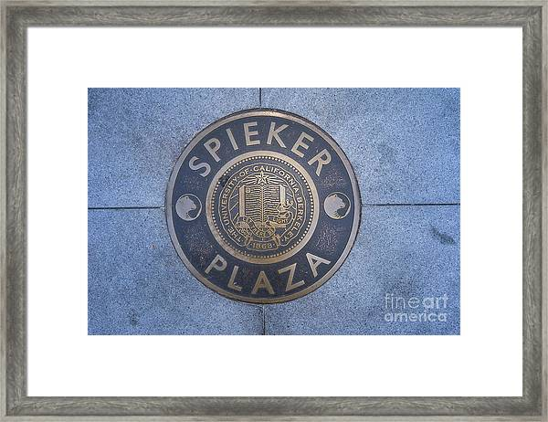 Spieker Plaza Monument At University Of California Berkeley Dsc6305 Framed Print