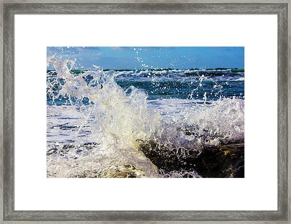 Wave Crash And Splash Framed Print