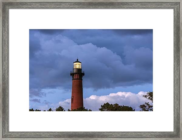 Storm Looms Near Currituck Beach Lighthouse Framed Print