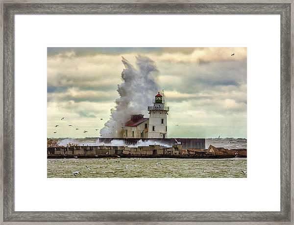 Storm Waves At The Cleveland Lighthouse Framed Print