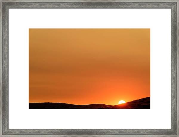 Sunrise Over The Umtanum Ridge Framed Print