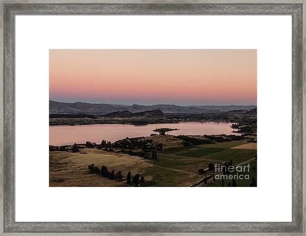 Sunset Over Lake Wanaka In New Zealand Framed Print