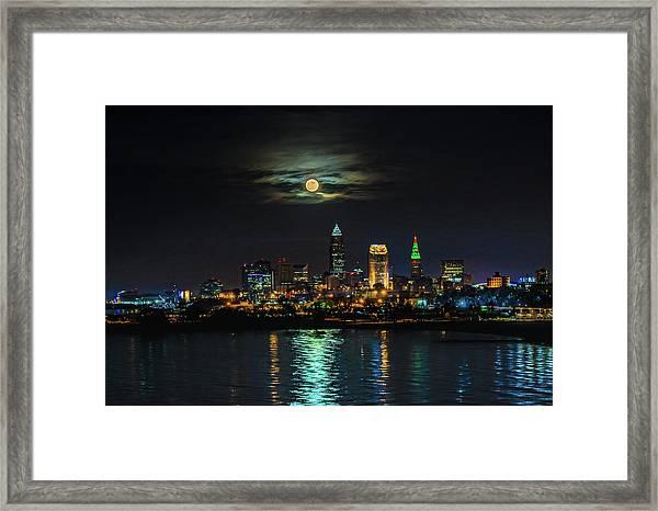 Super Full Moon Over Cleveland Framed Print