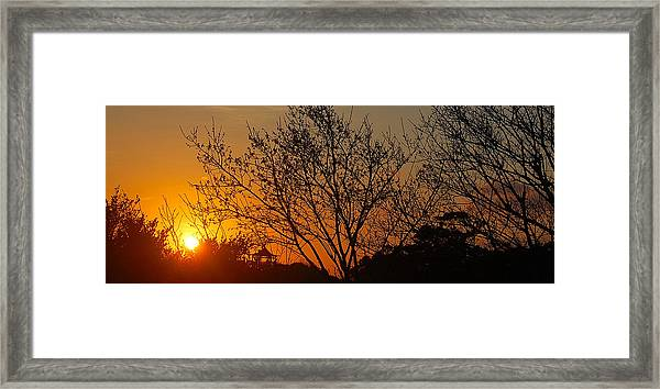 Framed Print featuring the photograph Sway by HweeYen Ong