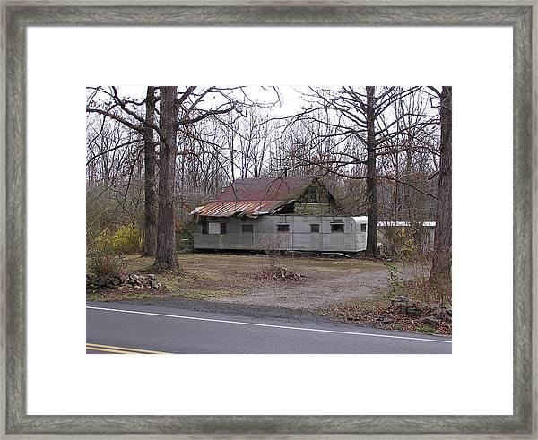 Tennessee Housetrailer Framed Print by Randy Muir