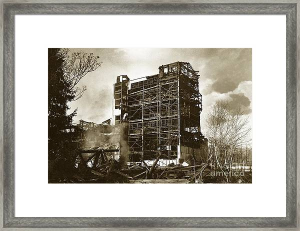 The Dorrance Breaker Wilkes Barre Pa 1983 Framed Print