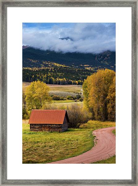 Framed Print featuring the photograph The Old Barn On Ohio Pass by John De Bord