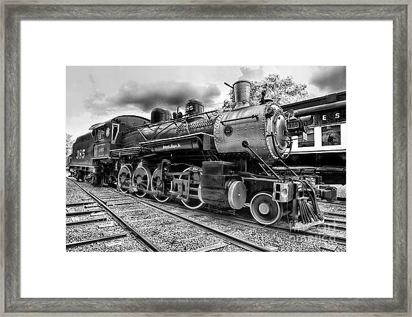 Train - Steam Engine Locomotive 385 In Black And White Framed Print